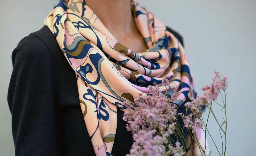 платок из ацетатного шелка