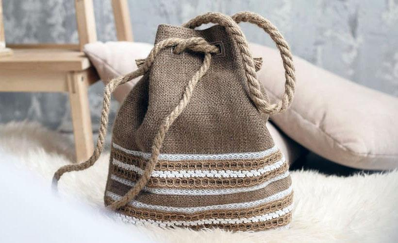 сумка с кружевами аграмант