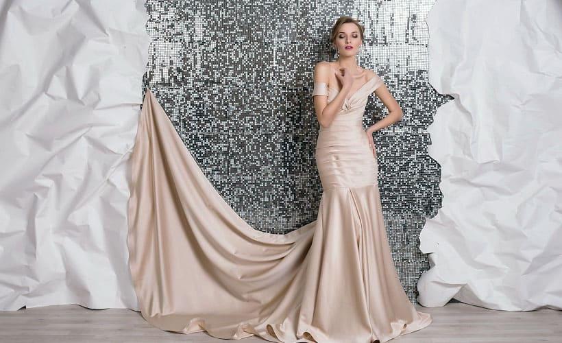 вечернее платье из креп-сатина