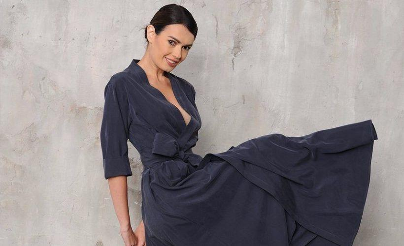 платье из мокрого шелка
