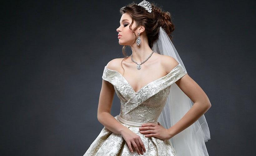платье свадебное из парчи