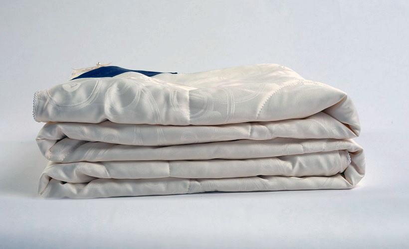 шелковые одеяла малберри