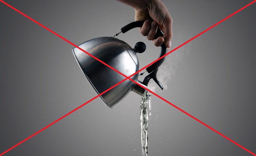горячая вода при отстирывании бензина