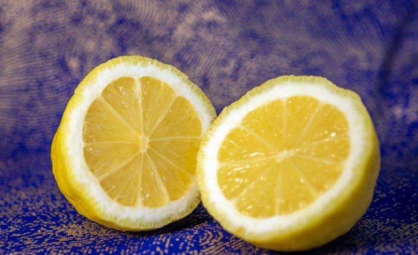 лимонный сок против следов ручки