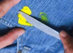 пластилин на одежде