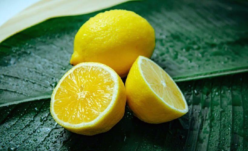 лимон против пятен от ручки