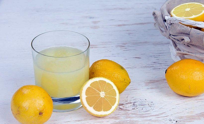 сок лимона для удаление пятен от чая