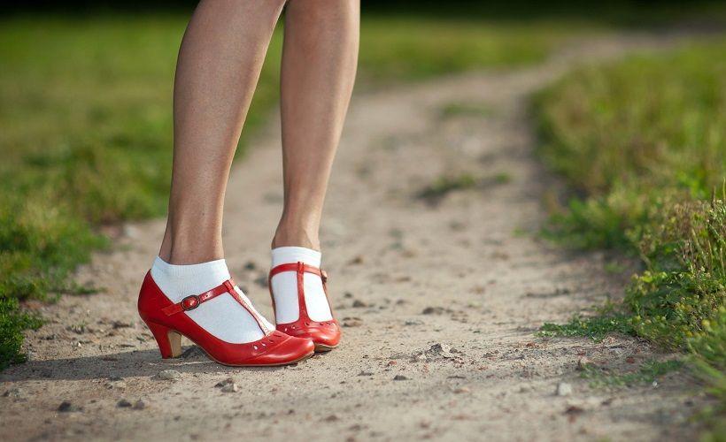растягивание обуви мокрыми носками