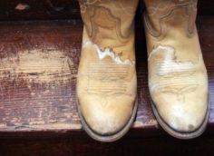 следы от соли на обуви