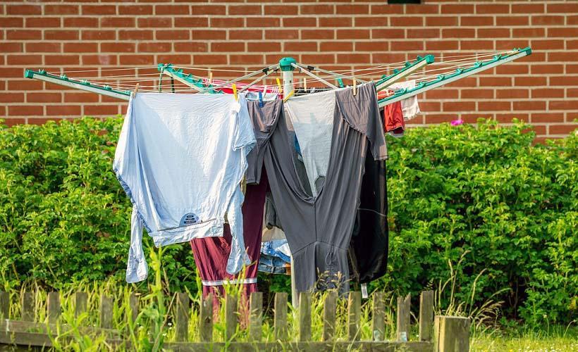 выветривание запахов с одежды на солнце