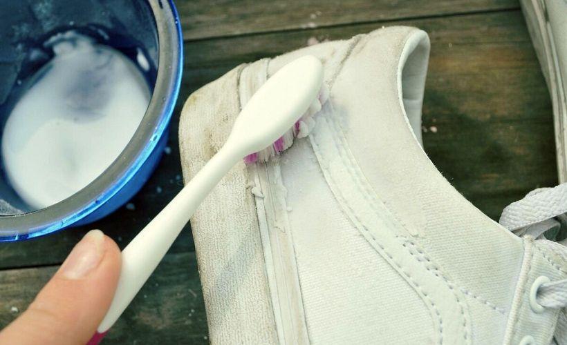 зубная паста для очистки белых кед